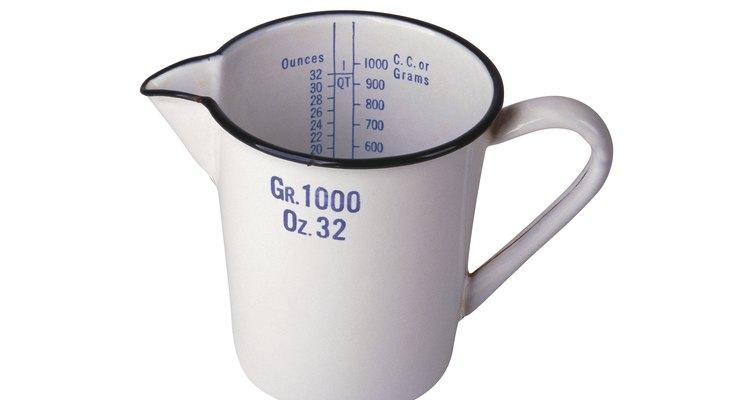 Si no tienes un vaso medidor, debes conocer las conversiones básicas de cocina para obtener la cantidad correcta.