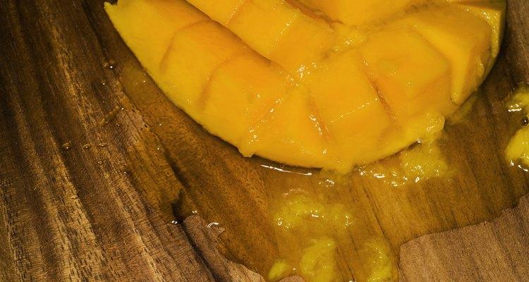 As mangas são um lanche delicioso e suculento quando estão maduras