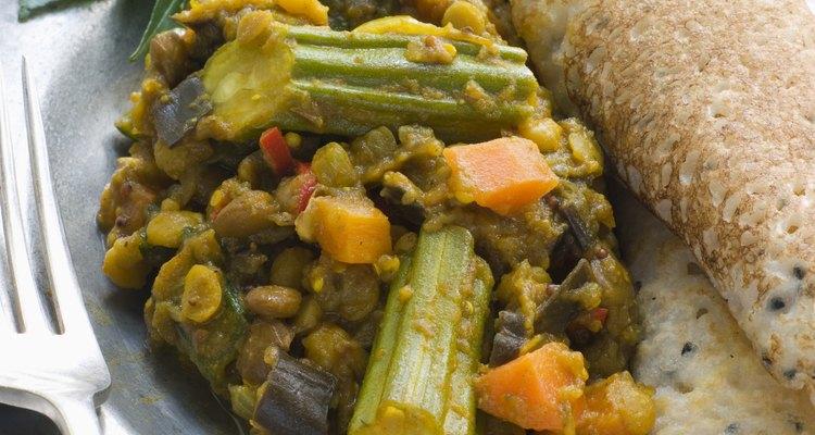 O curry é o principal ingrediente na culinária tradicional indiana e oriental