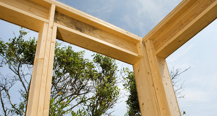 A series of joints builds a frame.