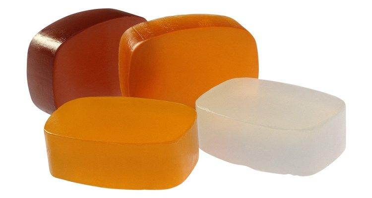 Os sabonetes artesanais costumam ser mais suaves do que os industrializados