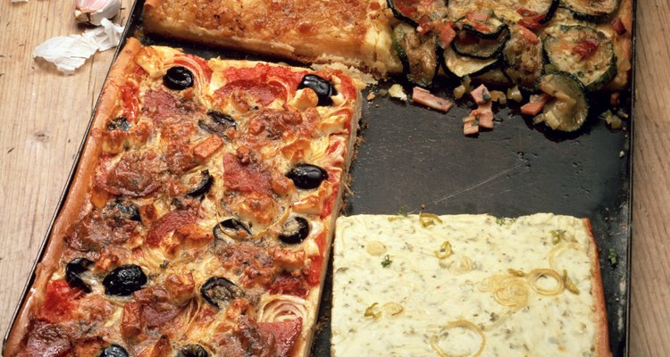 No hace falta ni que cocines. Ordenar una pizza es lo más fácil.