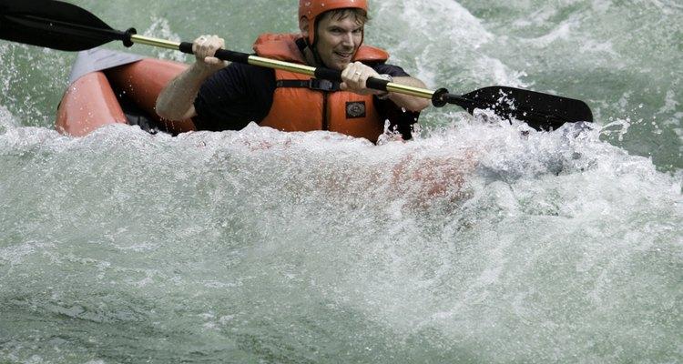 En Lanquín se pueden contratar excursiones de descenso por los rápidos del río Cahabón.