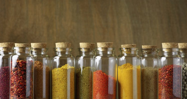 El arte de la cocina es el arte de usar condimentos.