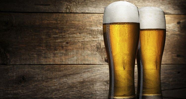 Conheça as diversas variedades de cerveja que existem no mundo
