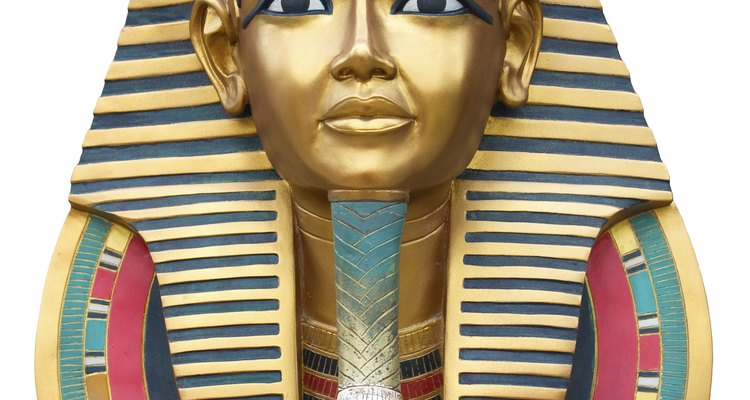 Los disfraces egipcios son fantásticos para usar en la noche de brujas.