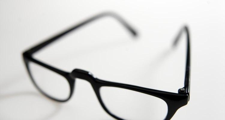 Substituir um par de lentes nem sempre é necesário quando se trata de riscos
