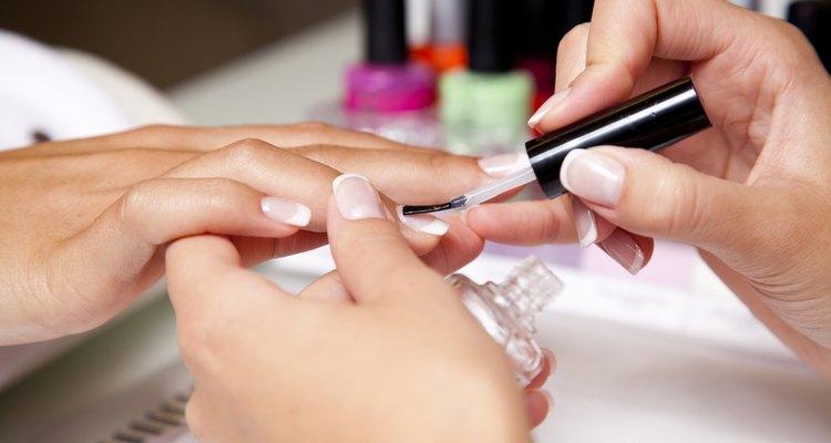 Faça uma manicure