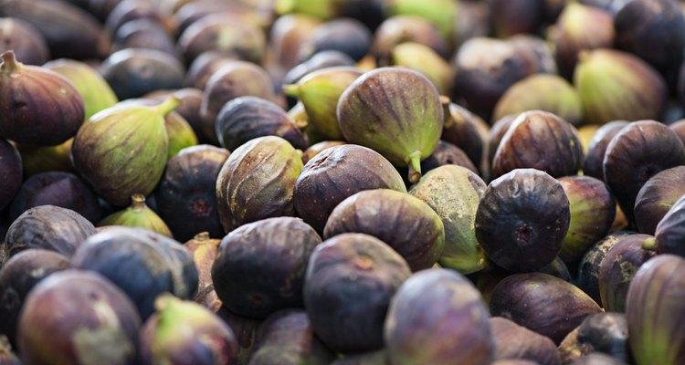 Figs ripe at market