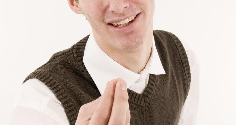 Si comprendes el lenguaje corporal de un hombre, obtendrás una información valiosa sobre lo que piensa de ti.