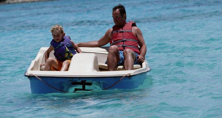 Puedes rentar un bote de pedales si no tienes barco propio.
