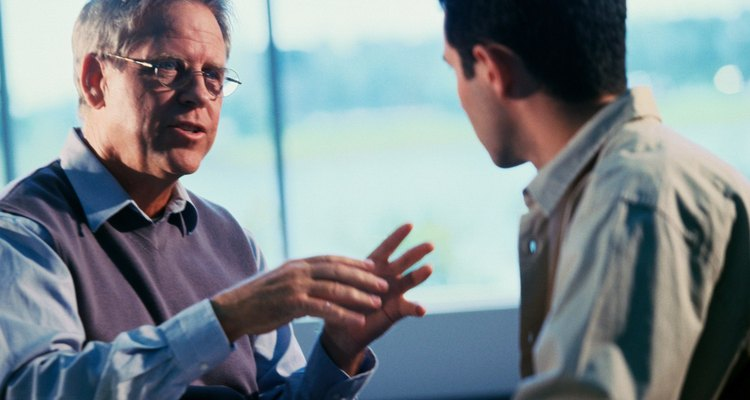 Aprender a hablar con autoridad y confianza puede volverte más exitoso en tu ámbito de trabajo, y hasta ayudarte a conseguir citas.