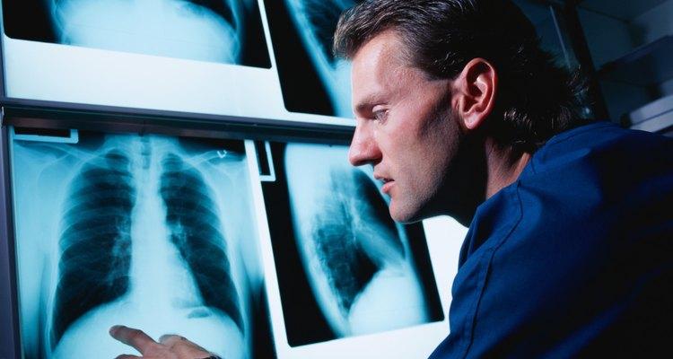 Técnicos em radiologia têm a oportunidade de trabalhar próximos ao público geral e prestar um serviço valioso