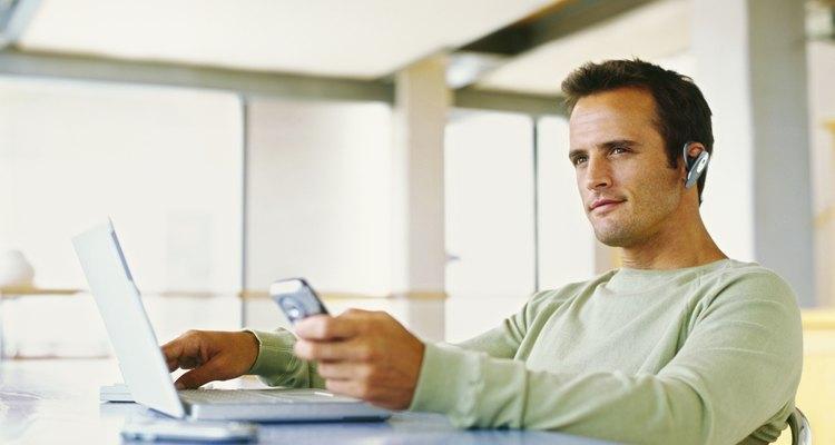 Se você e um membro de sua familia possuírem iPhones, você pode conectá-los via Bluetooth
