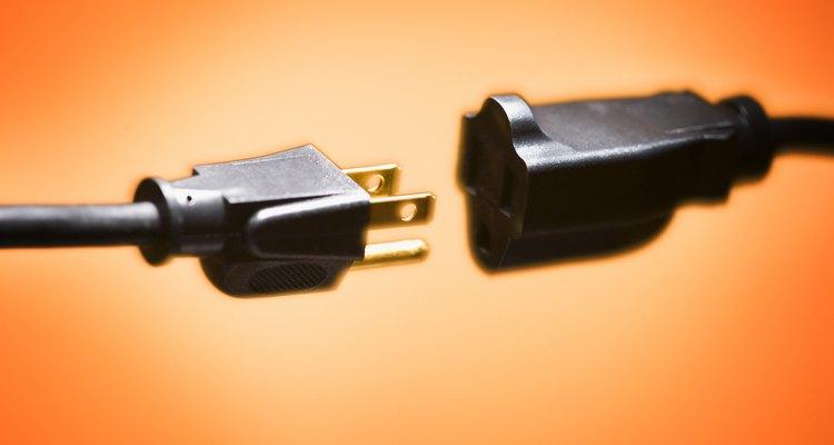 El transformador se encarga de convertir la potencia de un tomacorriente a otra diferente para tu dispositivo.