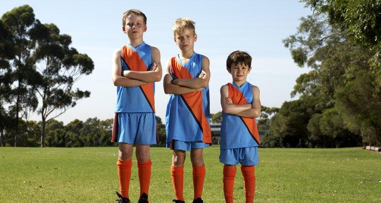 Los niños de la misma edad con frecuencia tienen una variedad en sus alturas.