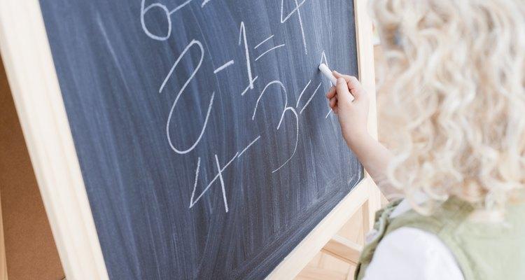 """É possível realizar subtração escrita com mais de um zero, usando o método de """"emprestar"""""""