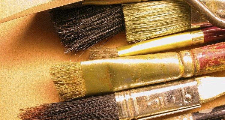 Faça belas pinturas em placas de acrílico