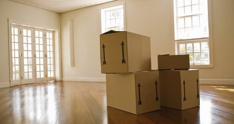 Encere o assoalho antes de mudar os móveis
