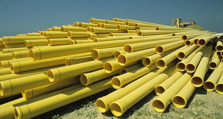 Atualmente, são utilizados canos plásticos em tubulações