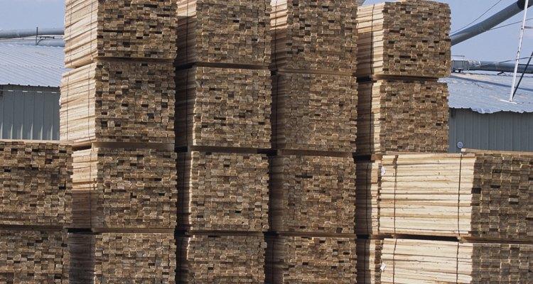 Struts help minimise vibration in floors.
