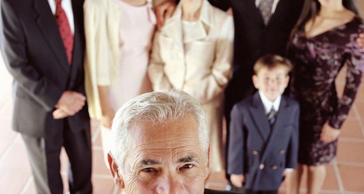 Considera los intereses y necesidades de tu sacerdote a la hora de seleccionar un regalo.
