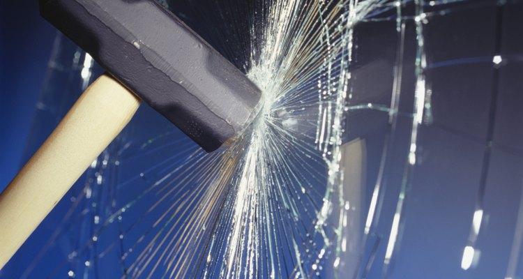 Sem a preparação adequada, a quebra de um vidro irá gerar muito ruído