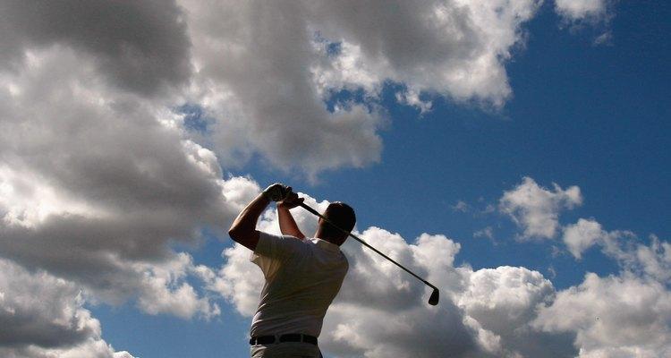 Juega al golf en el Auchterarder Golf Club.