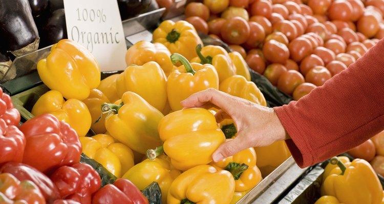A maioria dos pimentões são colhidos depois que mudam de cor