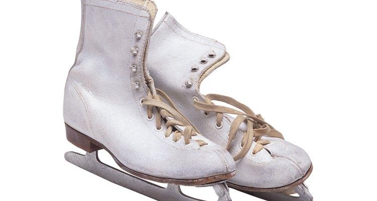Existen varias pistas para patinar sobre hielo en Los Angeles.