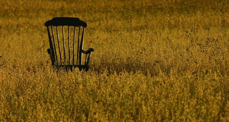 Retire a cadeira do local normal de uso