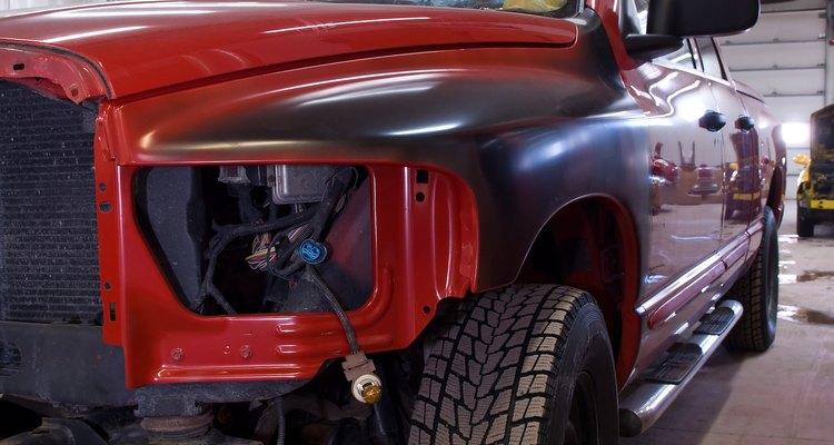 A severa exposição a isocianato pode causar asma em trabalhadores de pintura automotiva, às vezes causando a morte