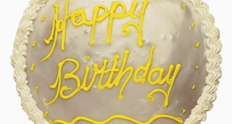 Aprenda a decorar bolos