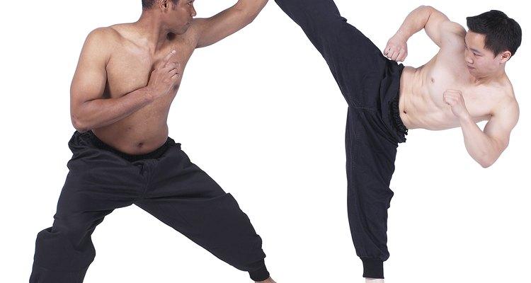 El Muay thai y el krav maga son formas de arte marcial.