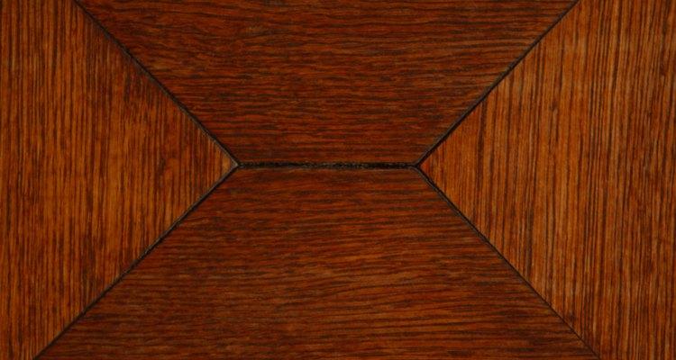 Si estás remodelando tu casa, una de las peores tareas seguramente será quitar el  piso de linóleo.