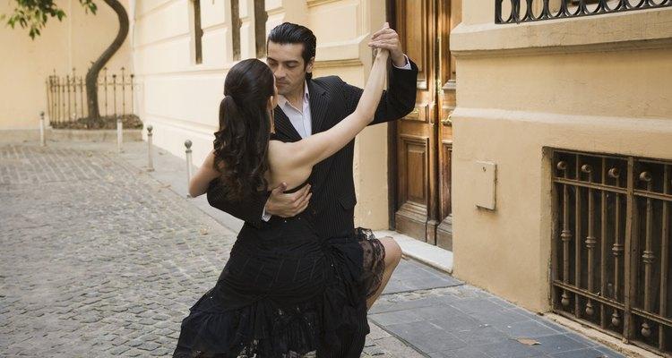 El tango es un baile muy sensual y pasional.