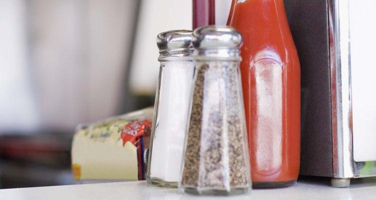 O ketchup misturado com outros ingredientes consegue imitar o sangue de verdade