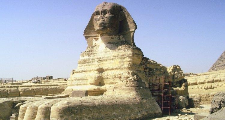 La esfinge egipcia tiene una cabeza humana y cuerpo de león.
