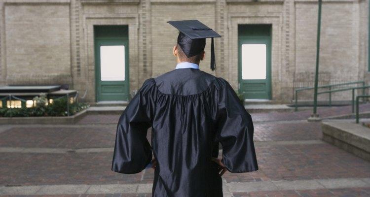 Una maestría es un tipo de título que típicamente toma de uno a cuatro años para completarse.