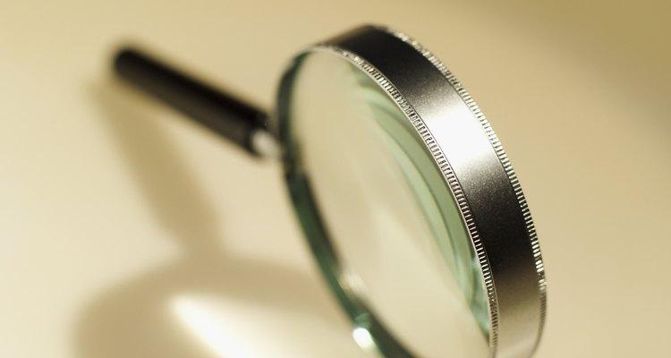 Kits de detetive podem ser feitos com uma variedade de itens da sua própria casa ou comprados em lojas de segunda mão