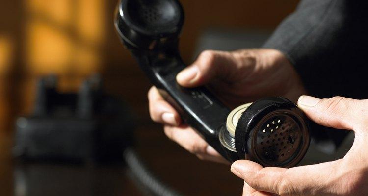 Las intervenciones telefónicas proveen evidencia concreta por medio de la grabación de llamadas telefónicas.