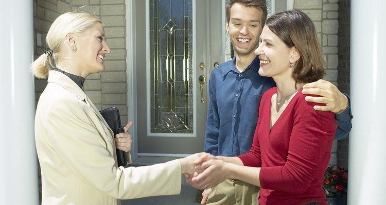 Vender pessoalmente permite que o vendedor transmita mais informações do que outras promoções