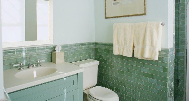 Es recomendable que los toalleros se encuentren cerca del fregadero o la bañera.