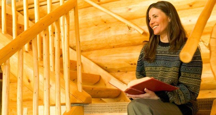 Trazar una escalera rústica de troncos es divertido y fácil.