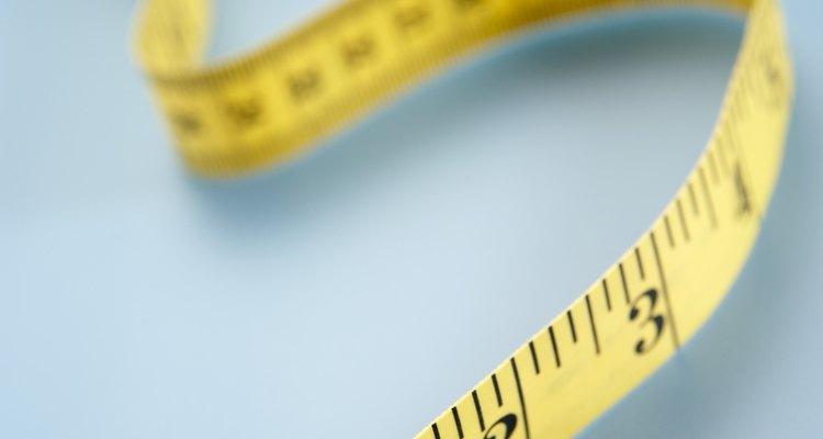 Meça seu pulso com uma fita métrica