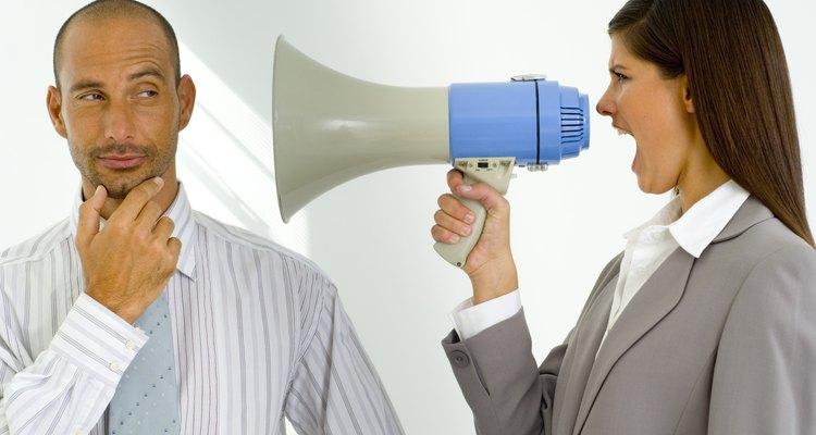 Relatórios disciplinares são uma maneira eficaz de se comunicar com um funcionário que tenha feito algo errado