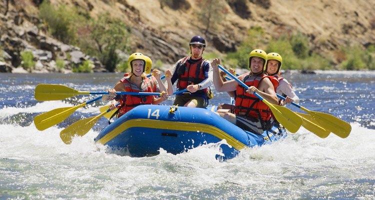 Muchos proveedores ofrecen viajes en ríos cerca de Yellowstone y Grand Tetons