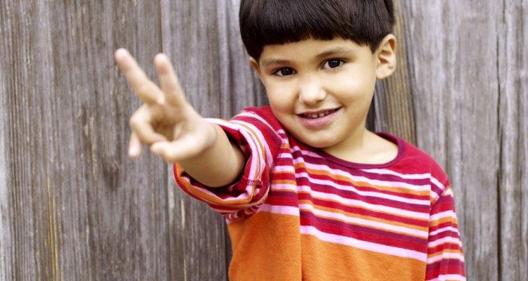 Los niños que crean en la paz se pelearán menos en el aula.