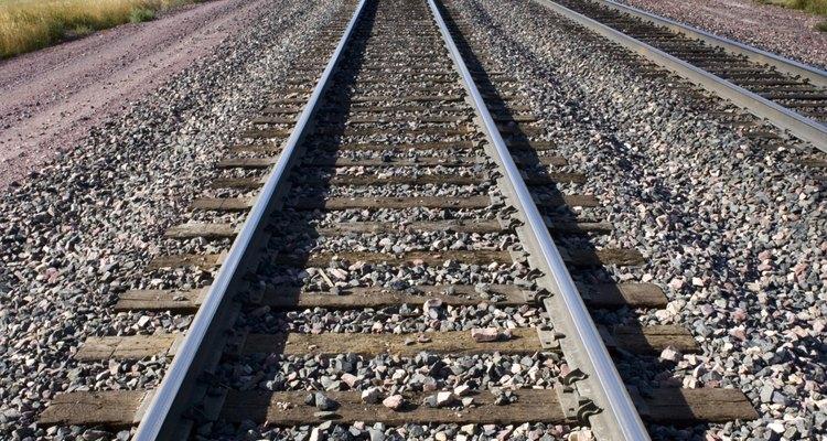 Train travel has its advantages and disadvantages.