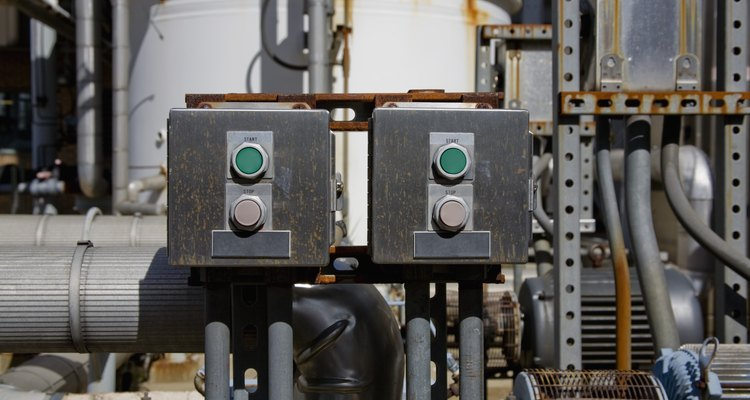 As chaves contatoras são usadas para ligar circuitos elétricos